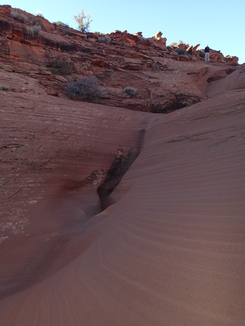 Small slot on the way to the mesa top