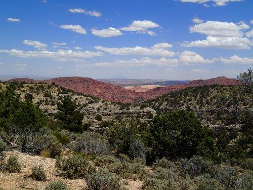 Tantalizing glimpses of Utah sandstone