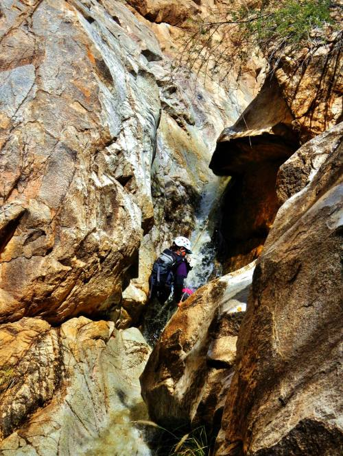 Montrose Canyon 1st Rappel- Photo by Dan Kinler