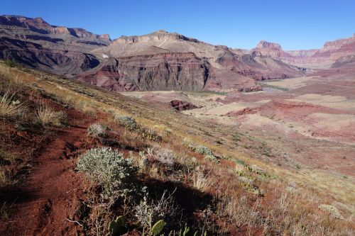 Tanner Trail through the Dox Sandstone